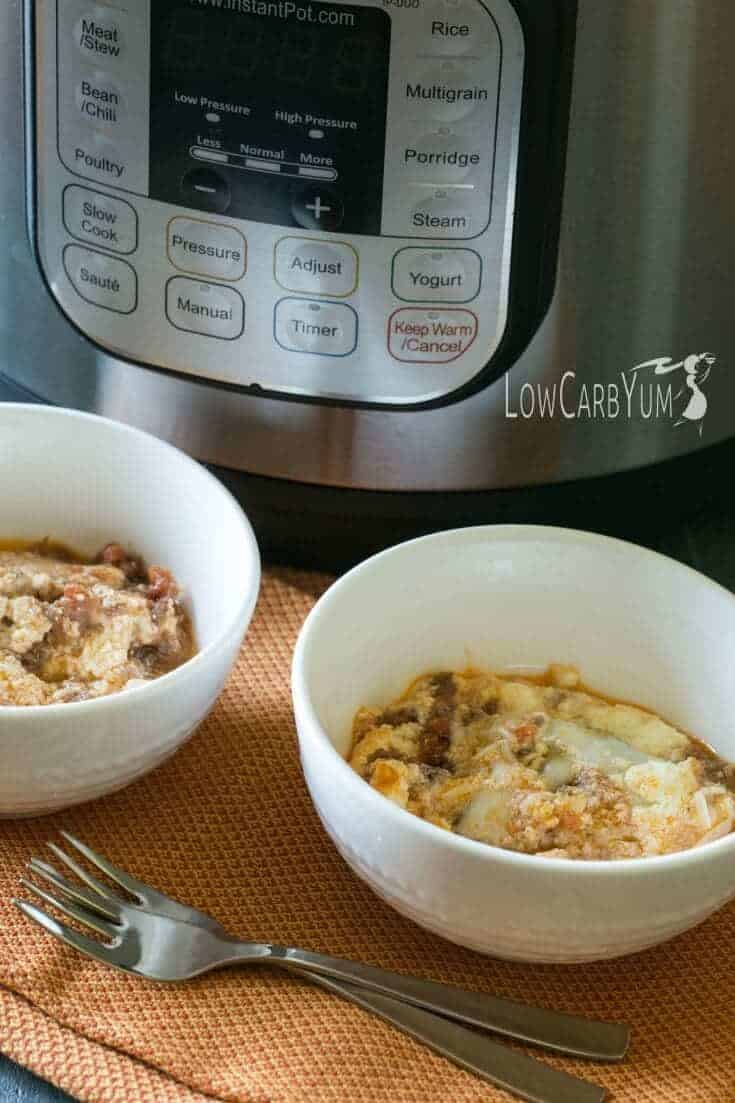Looking for low carb meals to make in your electric pressure cooker? Here's an easy Instant Pot no noodle lasagna that's a break to make.