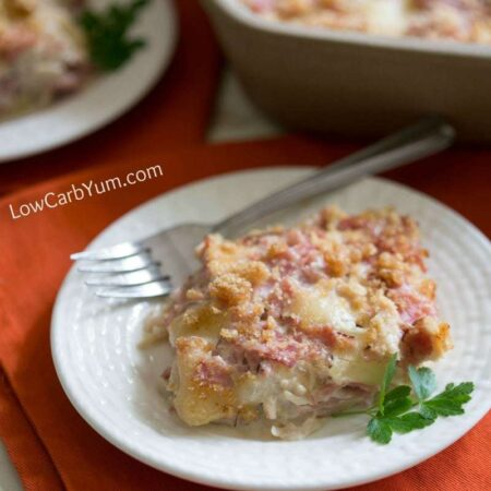 Low carb chicken cordon bleu casserole