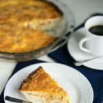 Bacon cheddar quiche with cauliflower crust