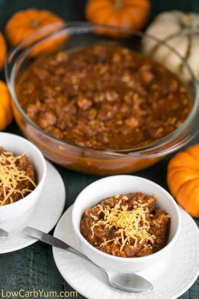 An easy to make turkey pumpkin chili made in the slow cooker. It's super filling and perfect for warming up on the cooler days of fall.