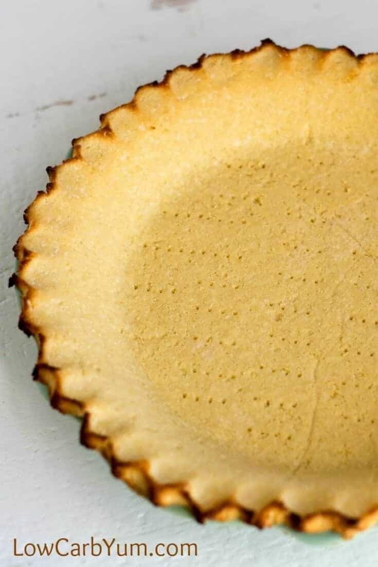 closeup of coconut flour low-carb pie crust