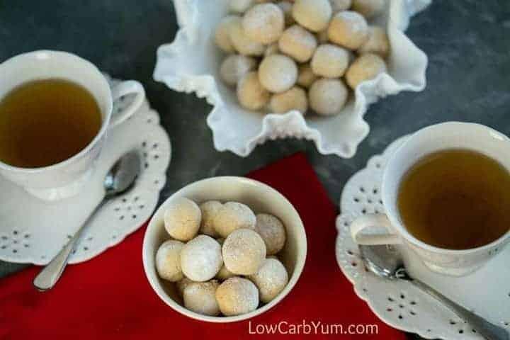 easy Italian almond macaroons