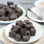Cream cheese dark chocolate keto fudge