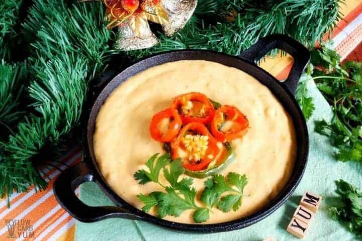Low carb keto cheese dip