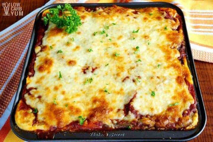 Keto lasagna with meatza noodles