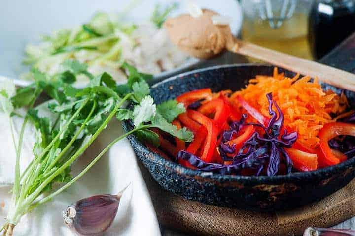peanut chicken zucchini noodle ingredients