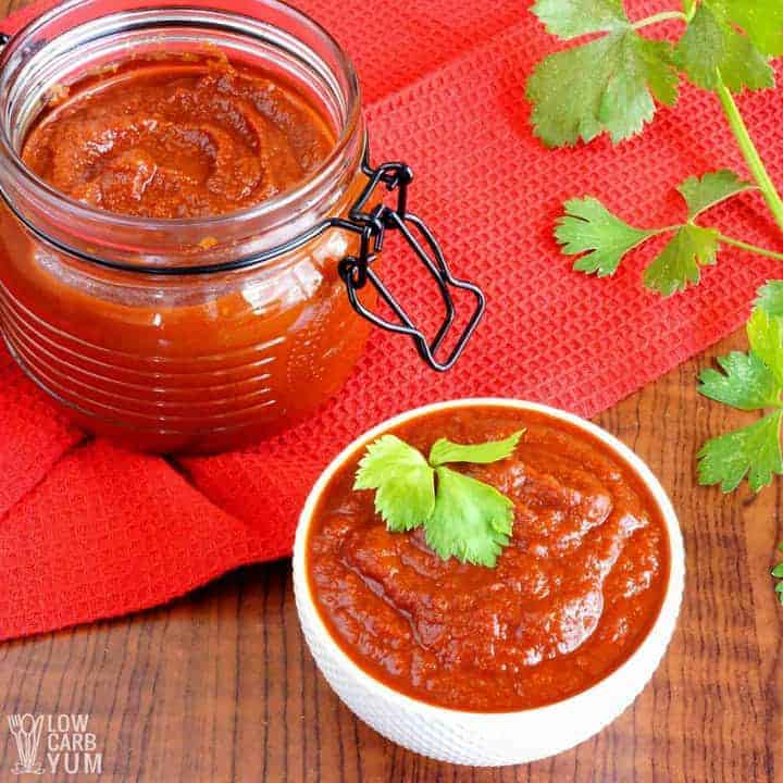 Keto friendly homemade sugar free ketchup recipe