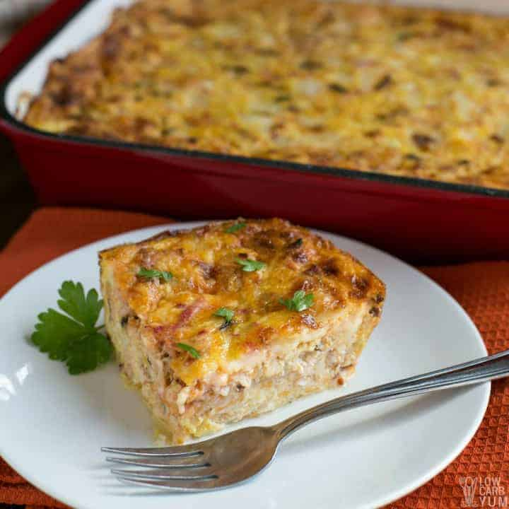The most delicious keto low carb breakfast casserole recipe with bacon