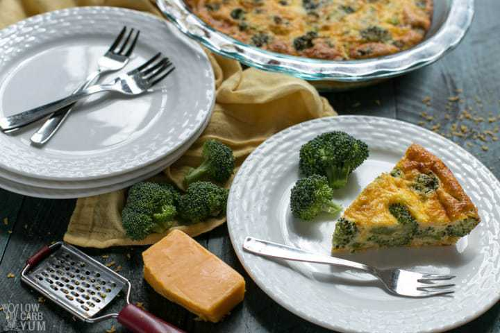 crustless broccoli quiche with ingredients