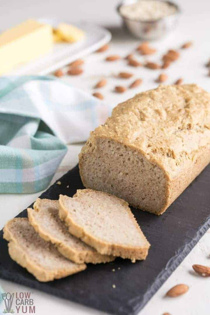 sliced low carb bread