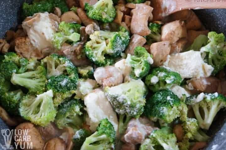 broccoli and chicken mix