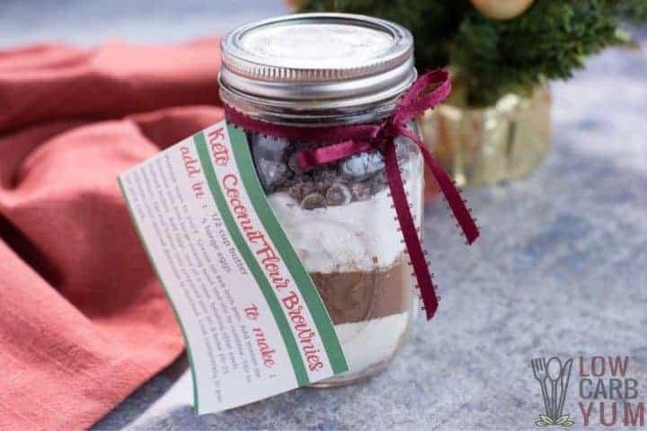 mason-jar-brownie-mix