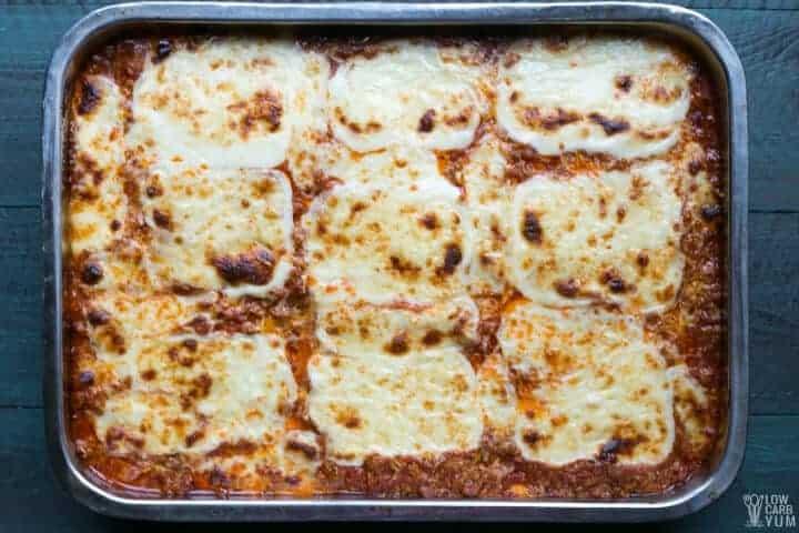 baked keto cabbage lasagna