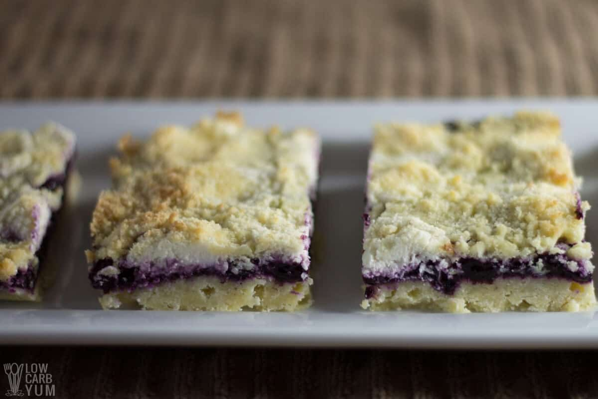 blueberry cheesecake crumb bars