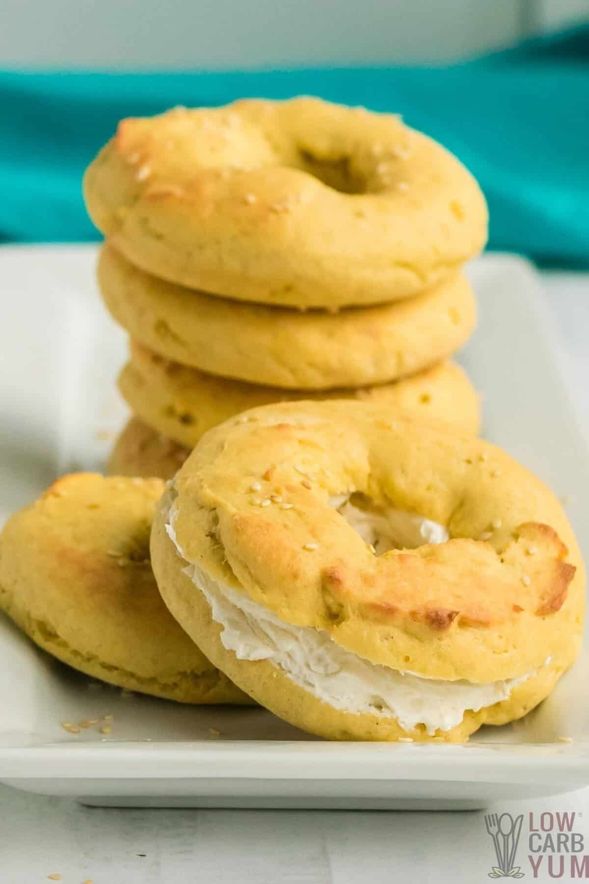 easy keto bagels with coconut flour