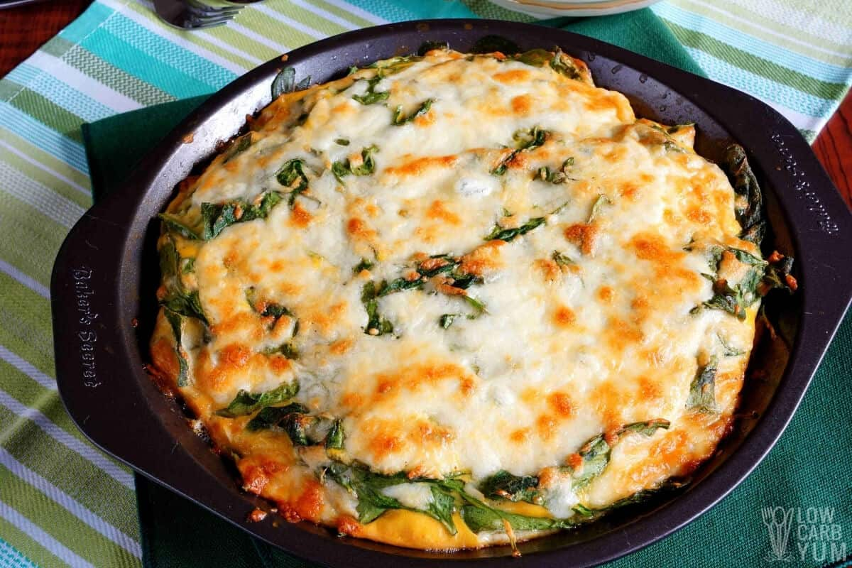 keto crustless spinach cheese pie in pan