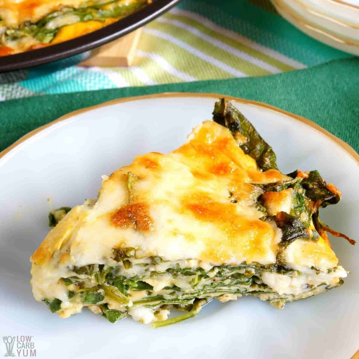 keto crustless spinach cheese pie slice