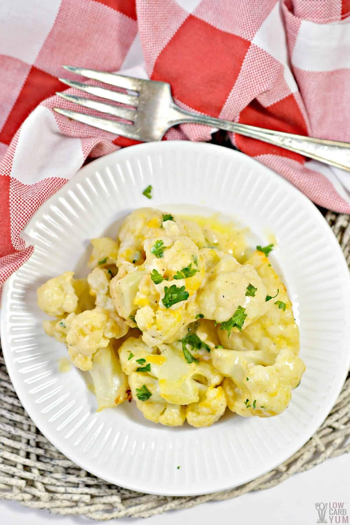 cauliflower mac and cheese keto recipe hero image