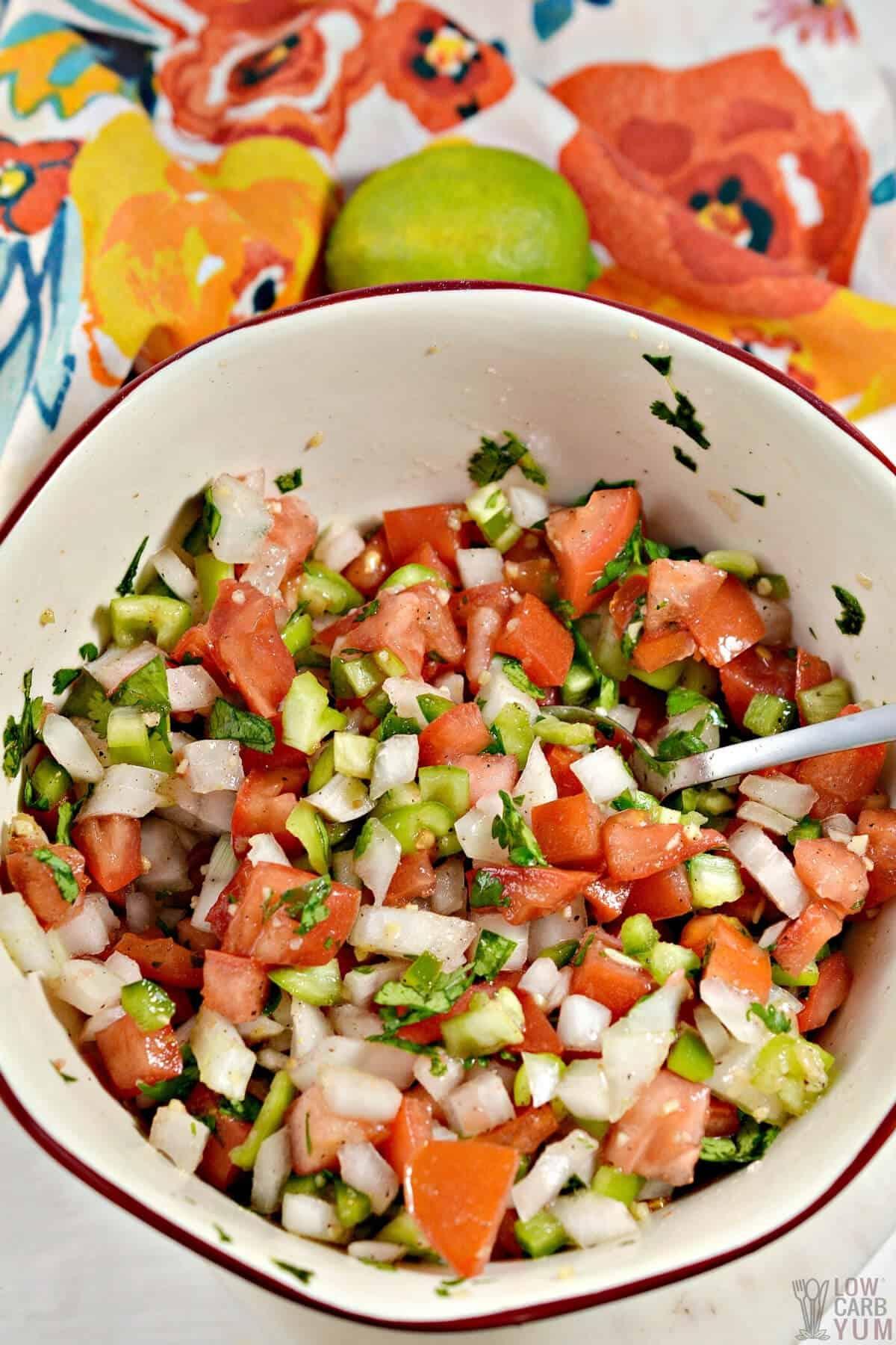 keto salsa in mixing bowl