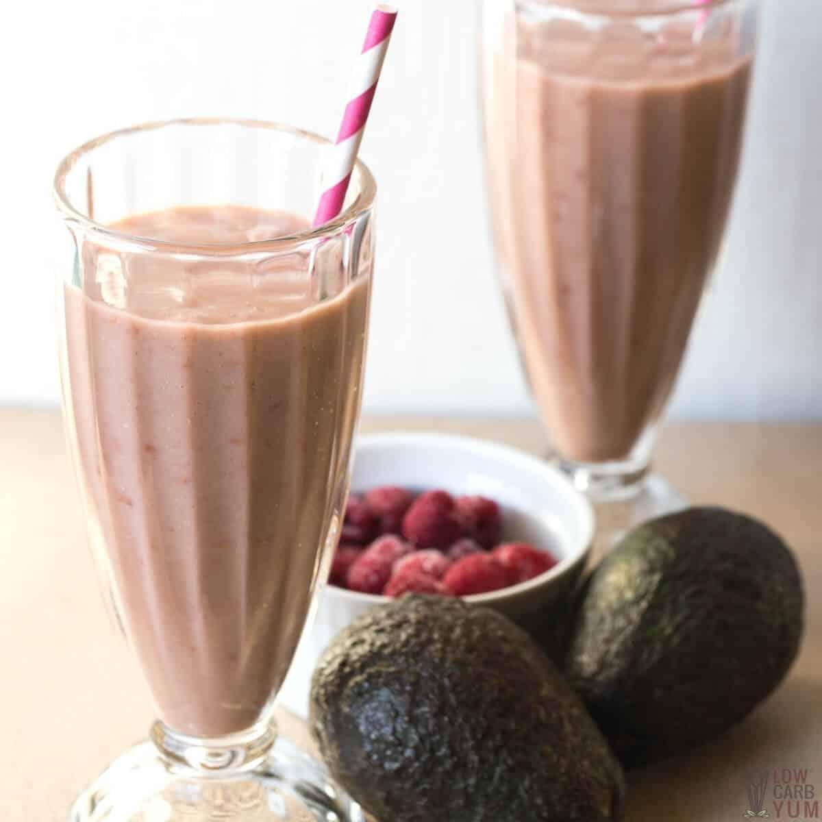 keto raspberry avocado smoothie recipe feature image