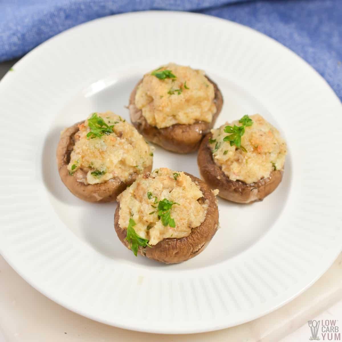 keto stuffed mushrooms featured image