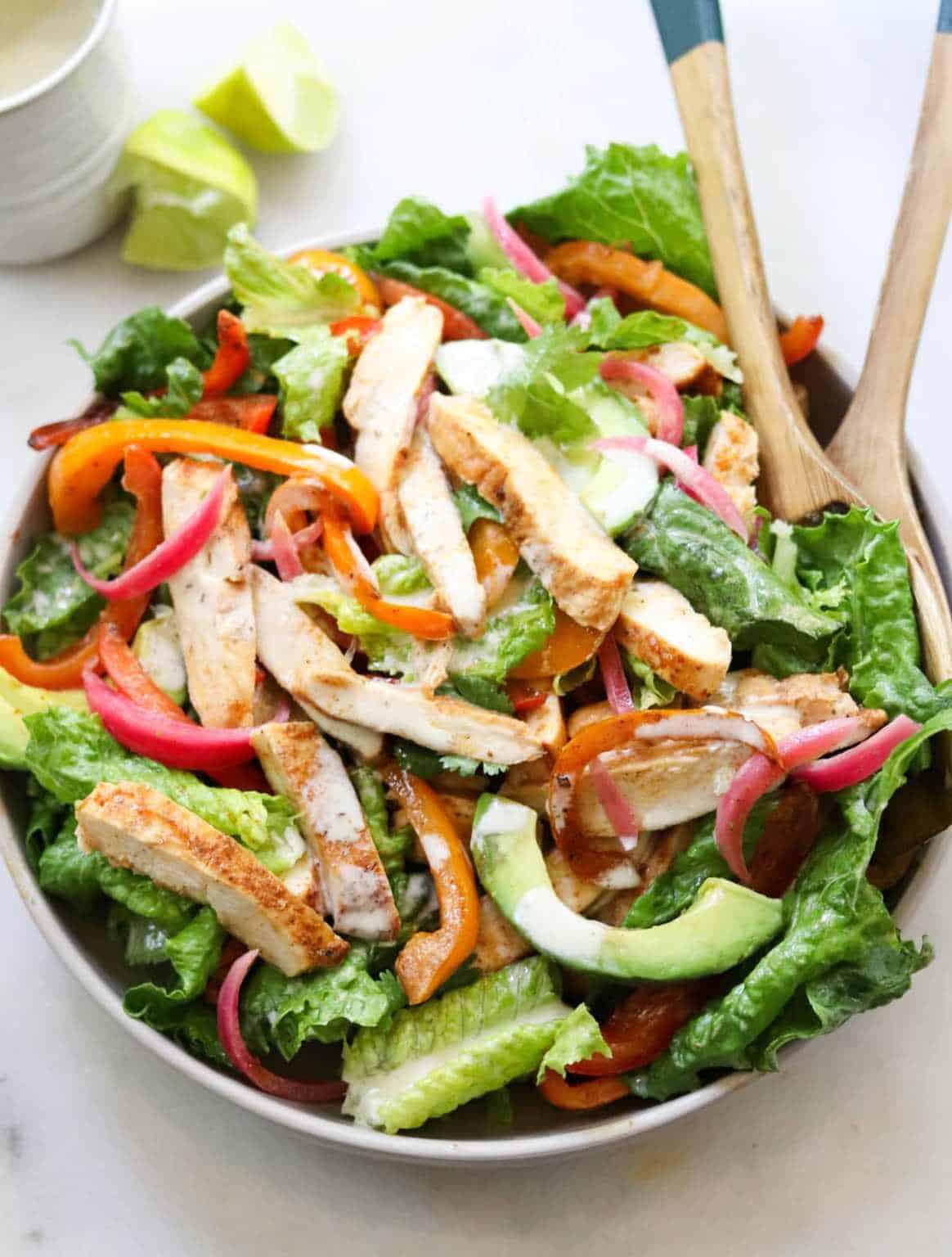 spicy chicken fajita salad