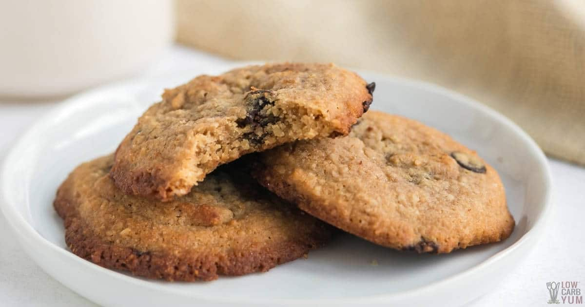 chewy keto chocolate chip cookies social share image