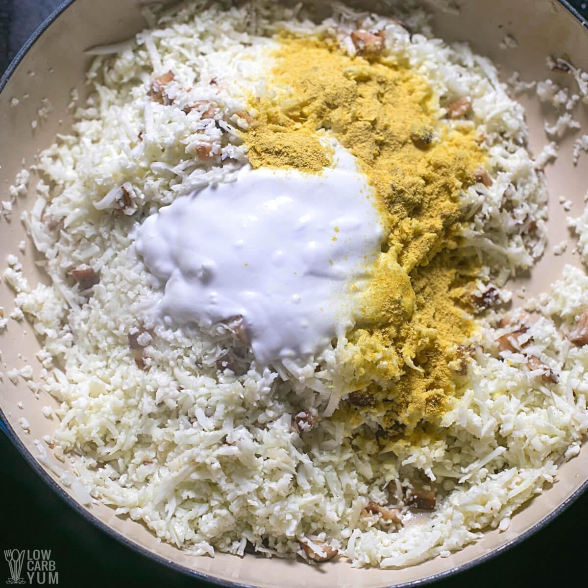 adding cauliflower rice risotto seasonings