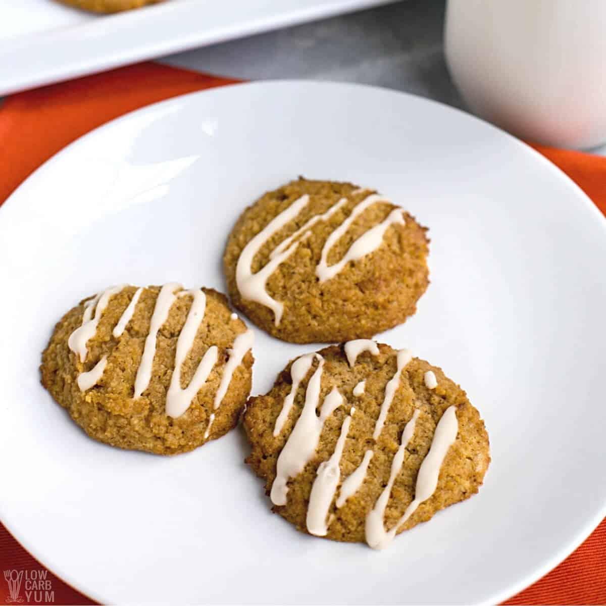 keto pumpkin cookies featured image